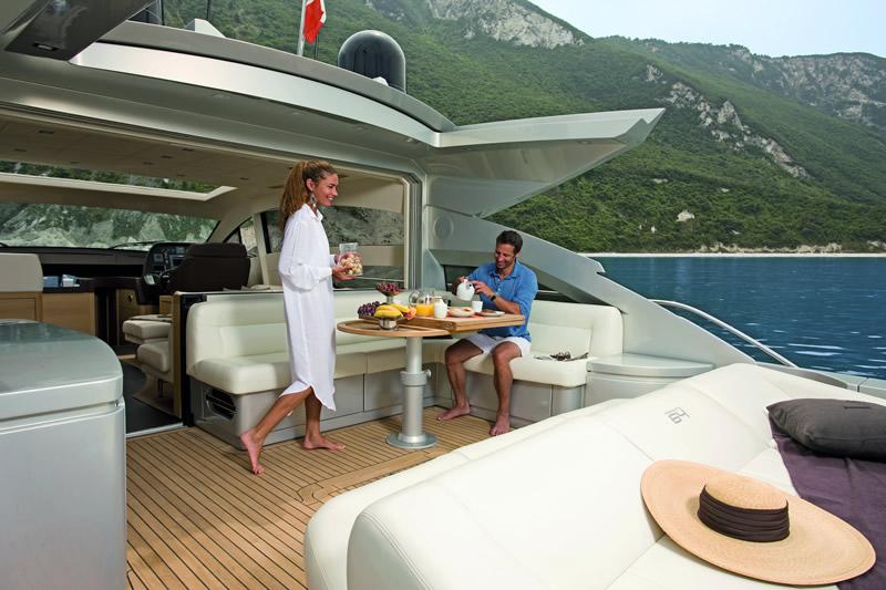 Bocche di Bonifacio Yachting - Pershing 64